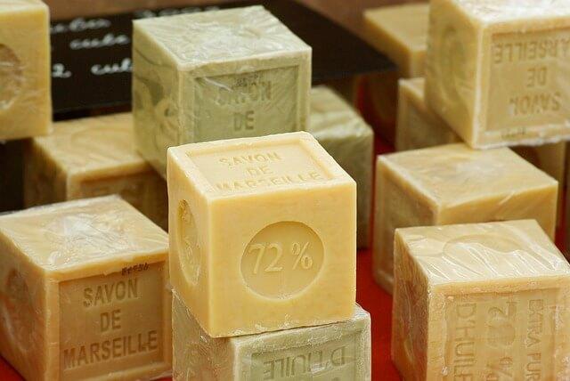soap-673176_640 (2)